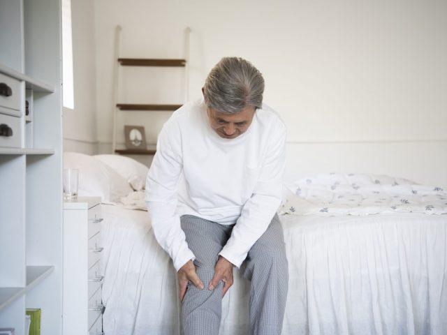 노인 무릎인공관절 수술 지원 안내